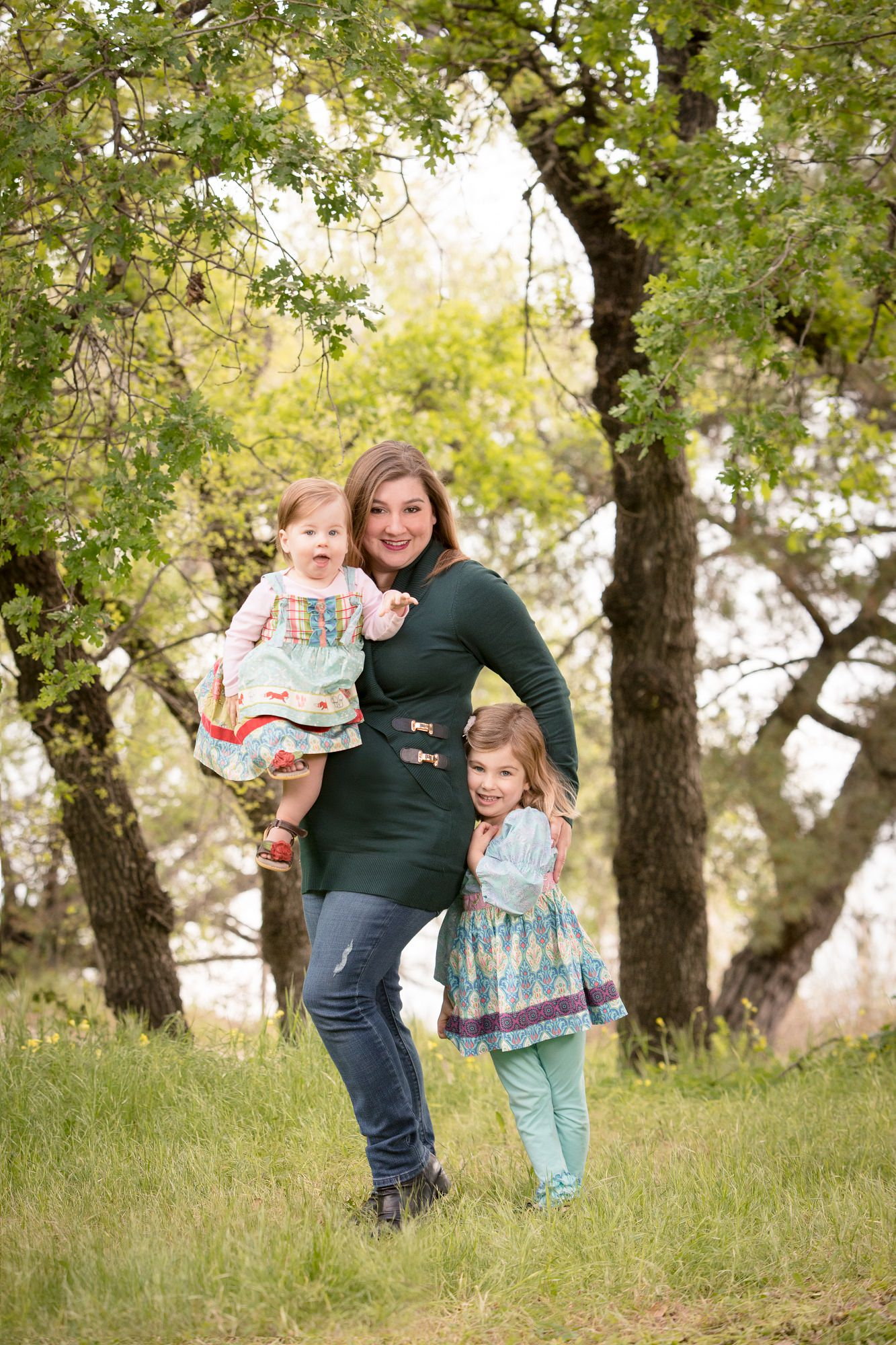 Vasona_family_posed_green_location
