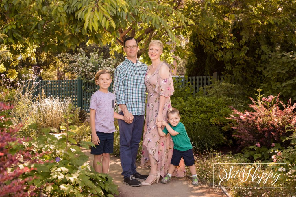 Best-Outdoor-Family-Photo-Session-Locations-in-San-Jose-CA-Gamble-Gardens-Family-Photography-SitHappyProductions