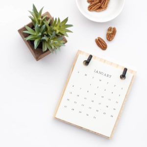 calendar on desk top